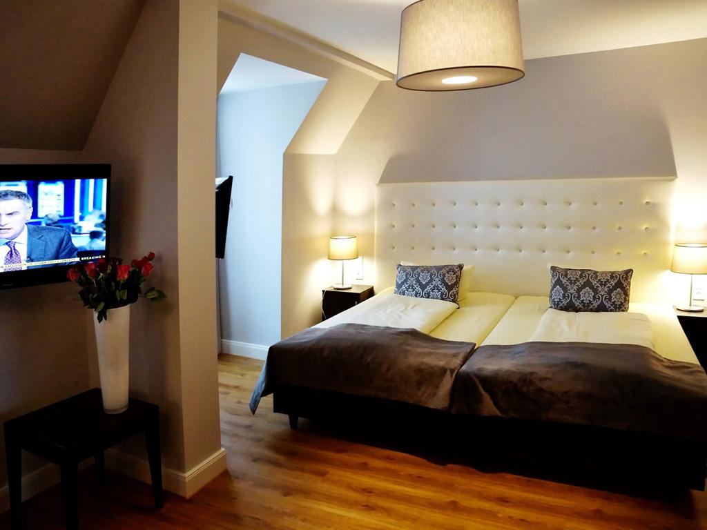 deluxe-rooms-rooms-002