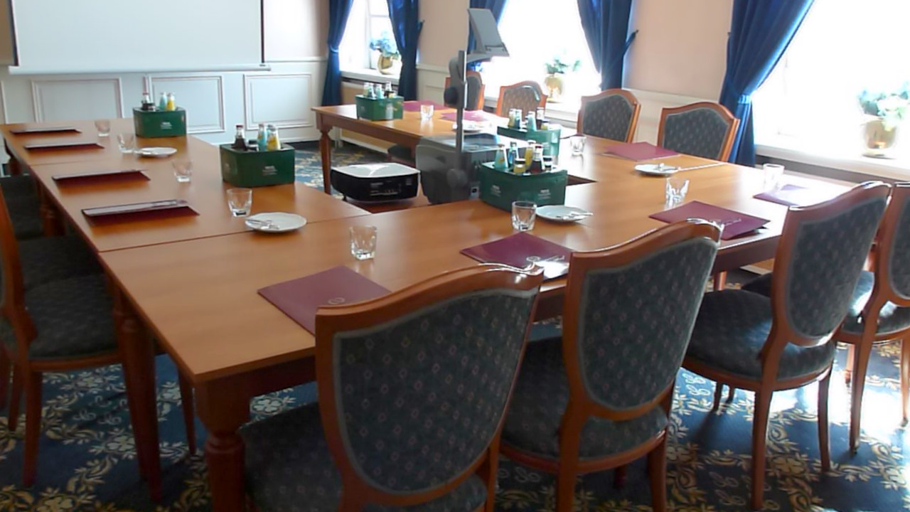 conference-room-02