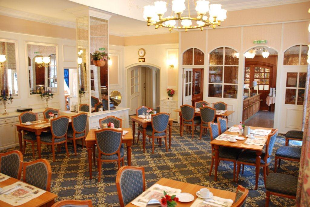 restaurant-007